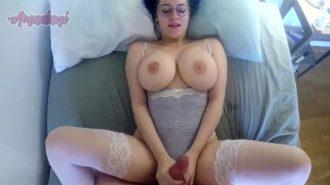 Kendi çektiği sikisini porno izle