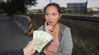 Parayı Görene Kadar Tutucu Tavırları Bırakmayan Kaşar