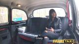 Arsız Esmerin Taksi İçin Parası Çıkışmayınca Fena Siktiriyor